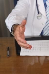 De arts en de client